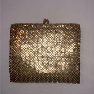 Vintage WHITING & DAVIS Gold Metal mesh wallet